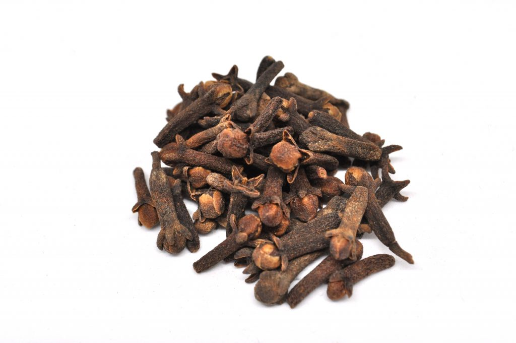 8 Health Benefits of Cloves